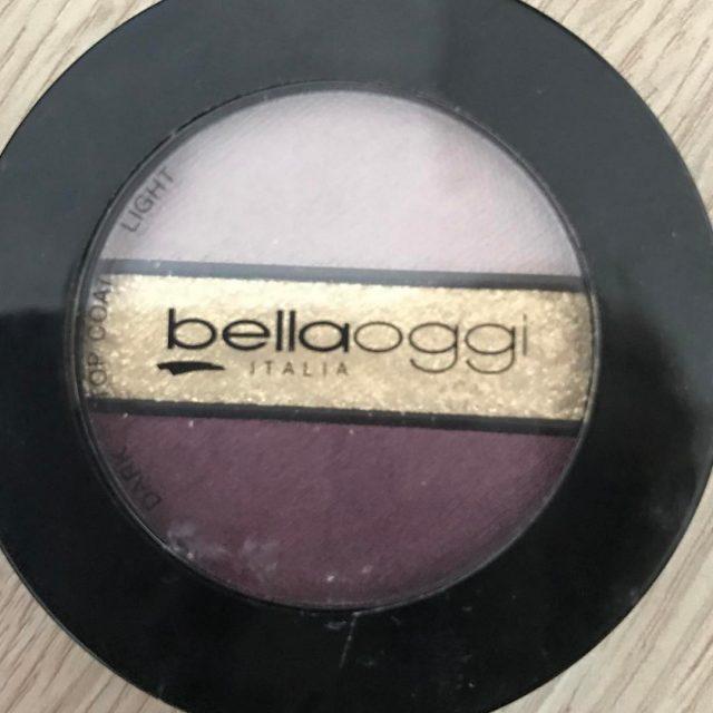 Duo ombretti con top coat in brillantini dorati by bellaoggiitaliaofficialhellip