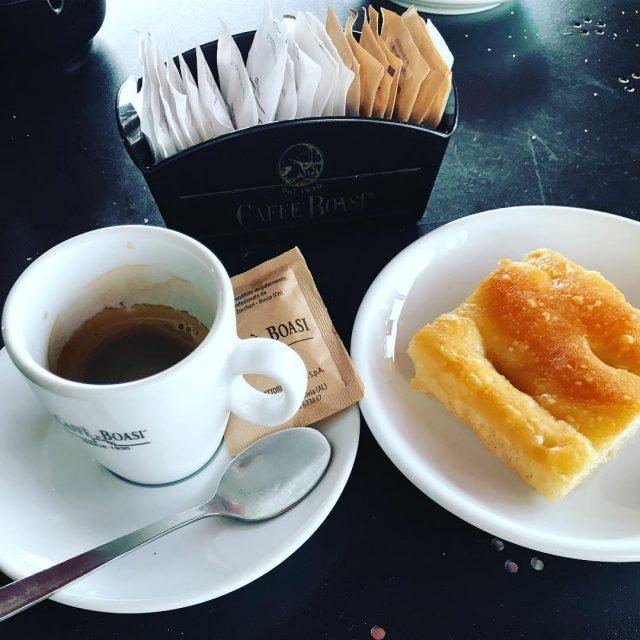 Iniziamo la giornata cos goodmorning colazione colazioneitaliana colazionetime focaccia genovahellip