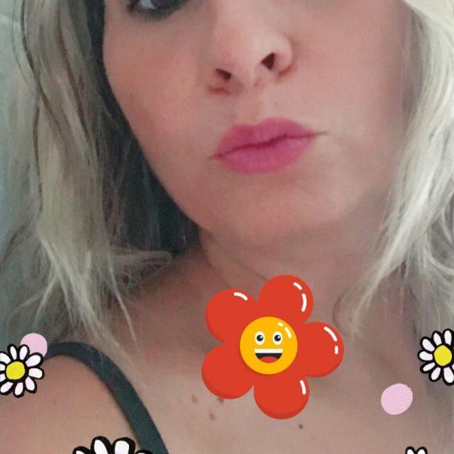 Facebook vs Snapchat! Io continuo a preferire gli effetti dihellip