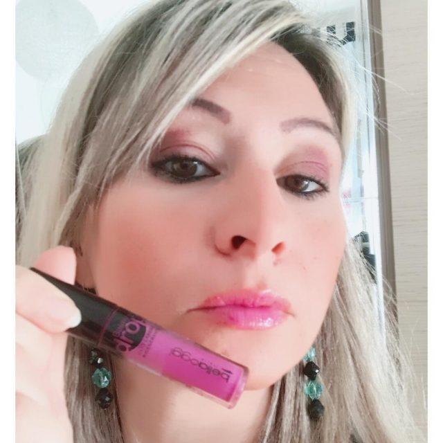 Il Lip Oil  una straordinaria combinazione tra trattamento dihellip