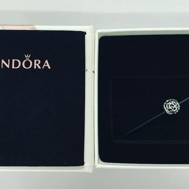 Un regalo Pandora  sempre gradito se poi lo trovohellip